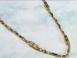 Golden Diamond Cut - Magnetic Necklace