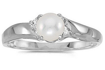 10k White Gold Pearl And Diamond Ring (CM-RM1503W-06)