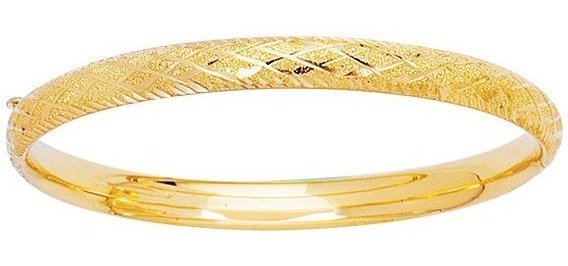 "5.5"" 14K Yellow Gold 4.9mm (3/16"") Texture Diamond Cut Domed Round w/ Diamond Shape Imprint Tube Children Bangle Bracelet w/ Clasp"
