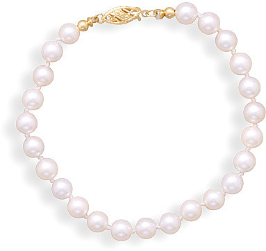 "8"" 5.5mm (2/9"")-6mm Grade AA Cultured Akoya Pearl Bracelet with a Yellow Gold Clasp."