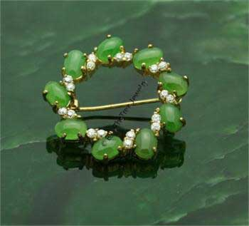Polar Jade Wreath Brooch (B0066) - DISCONTINUED