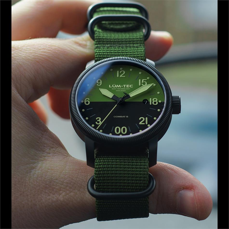 watch room background europe radio without automatic vostok watches expedition