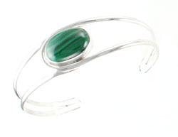 Sterling Silver Bracelet with Horizontal Malachite Stone - Navajo Native American Handcrafted - DISCONTINUED