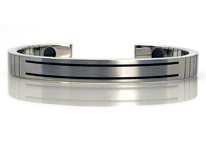 Q-Link Women's Brushed Stainless Steel Bracelet - New!