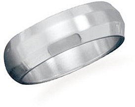 Polished and brushed stainless steel band with beveled edge