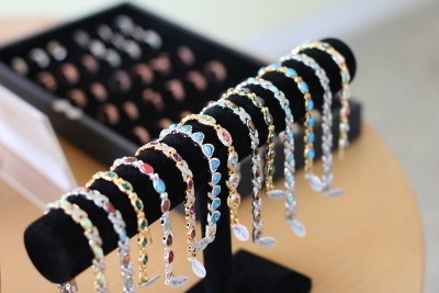 Magnetic Jewelry at BillyTheTree Fashion Jewelry Store