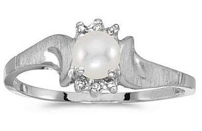 10k White Gold Pearl And Diamond Satin Finish Ring (CM-RM1125W-06)